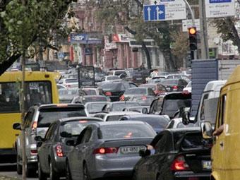 Платный въезд в центр Киева введут в 2011 году