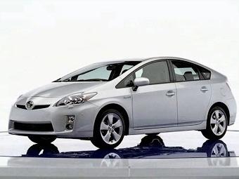 В интернете появились фотографии нового Toyota Prius