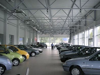 """""""Инком-Авто"""" продаст треть своих акций из-за кризиса"""