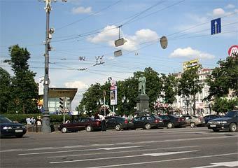 Строительству парковки под Пушкинской площадью мешают остатки крепости