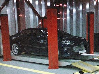 Фанаты Peugeot рассекретили новый седан 408