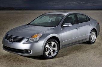 Nissan отзывает 200 тысяч автомобилей для ремонта