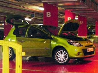 Обновленный Renault Clio сфотографировали без камуфляжа