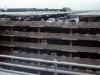 В Москве построят 20 перехватывающих парковок