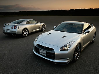 Европейцы за месяц раскупили годовой запас Nissan GT-R