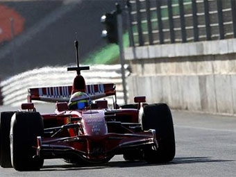 Команда Ferrari представит новый болид 15 января