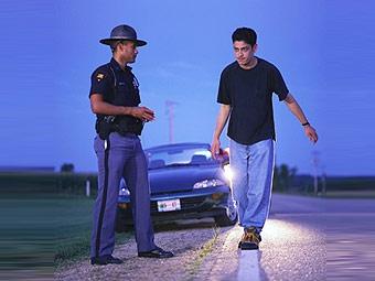 Английским подросткам запретят употреблять алкоголь за рулем