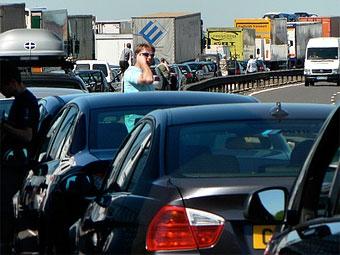 Британских водителей заставят глушить двигатели в пробках