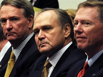 """Конгресс США не спешит помогать """"Большой тройке"""""""