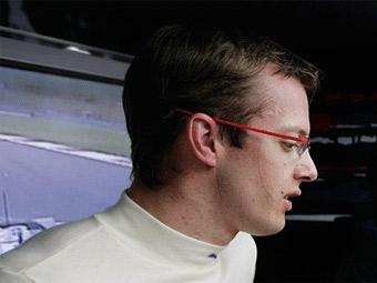 Команда Scuderia Toro Rosso отправила Бурдэ в отставку