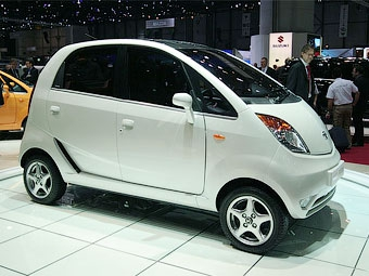 Tata получила 200 тысяч оплаченных заказов на микролитражку Nano