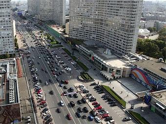 Через год в Москве появится 13 километров новых дорог