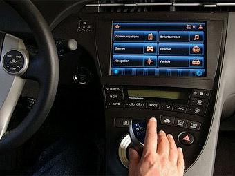 Toyota Prius научили выходить в интернет по сетям 4G