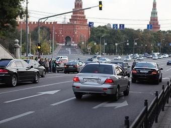 Москвичи предпочитают новые автомобили подержанным
