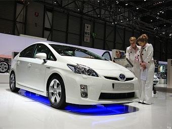 Японцы заставят гибриды и электромобили шуметь
