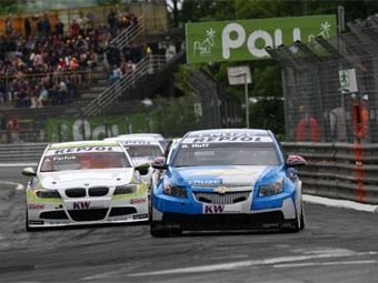 Команда Chevrolet выиграла второй этап WTCC подряд