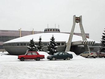 """Автозавод """"Москвич"""" расплатится со своими бывшими работниками"""
