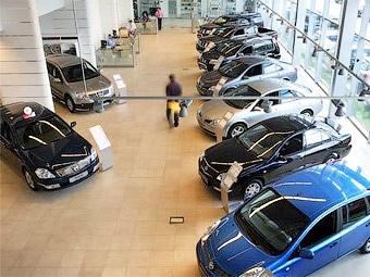 Автомобильный рынок Украины откатился на уровень 2002 года