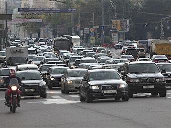 Почти половина всех иномарок в России продается в Москве