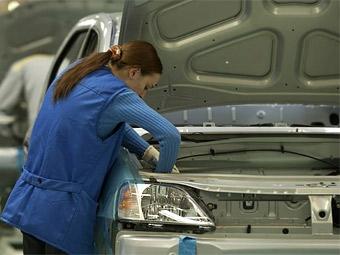 Автомобили отечественного производства заняли половину российского рынка