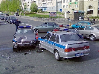 Московские гаишники стали в два раза чаще опаздывать на место аварии