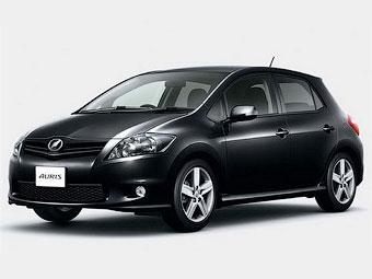 В Японии представили обновленный хэтчбек Toyota Auris