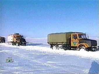 На трассе Москва-Петербург образовалась пробка из грузовиков