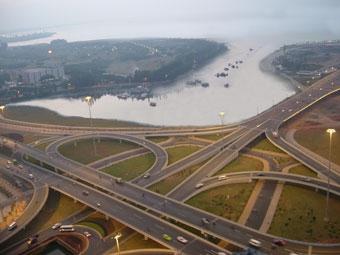 На юге Москвы построят новую бессветофорную трассу