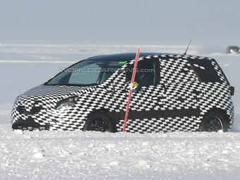 Opel приступил к испытаниям новой Meriva