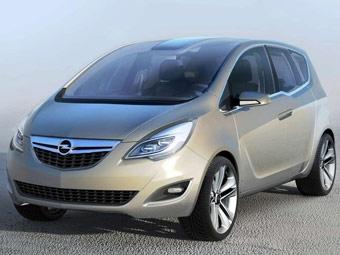 Появились фотографии прототипа нового Opel Meriva