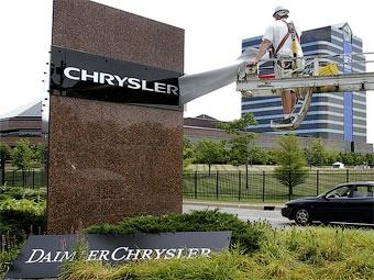 Daimler помешает концерну Chrysler наладить выпуск новых моделей