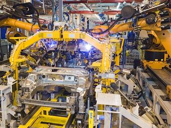 Российский завод Ford на две недели остановит конвейер