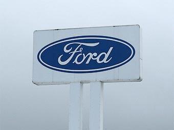Рабочие завода Ford потребовали через суд отменить укороченную рабочую неделю