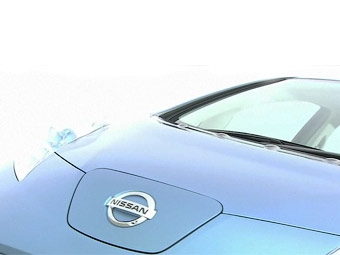 Серийный электрокар Nissan покажут в августе