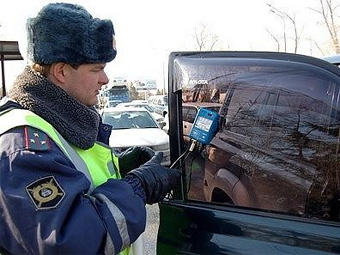 Московских водителей будут штрафовать за тонировку