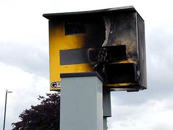 """На британских дорогах появятся """"умные"""" спид-камеры"""