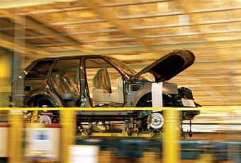 Проблемы с качеством Land Rover вызваны моторами Jaguar