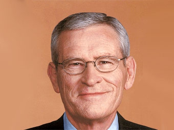 После реструктуризации концерн GM возглавит бывший директор AT&T