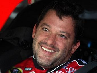 Общий зачет NASCAR Sprint Cup возглавил создатель новой команды