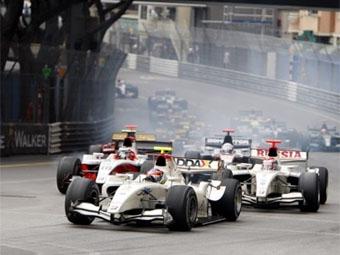 Судьи дисквалифицировали восемь пилотов GP2 Series