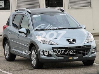 В интернете появились первые фотографии обновленного Peugeot 207
