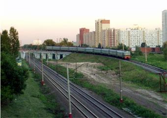 Правительство Москвы занялось проектированием дорог над железнодорожными линиями