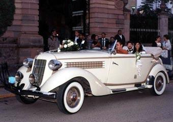 После свадеб пьяные британцы садятся за руль
