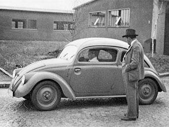 """Компания Porsche отметила 75-летие """"народного автомобиля"""""""
