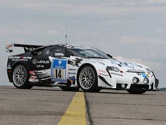 Суперкар Lexus LF-A сможет разогнаться до 350 километров в час