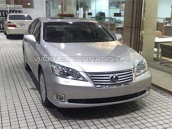 Появились первые фотографии обновленного Lexus ES
