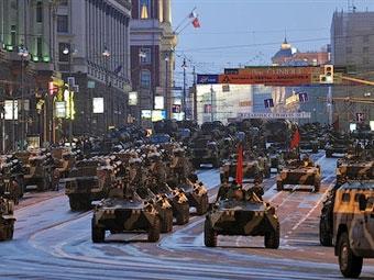 Из-за репетиции парада Победы в центре Москвы образовались заторы