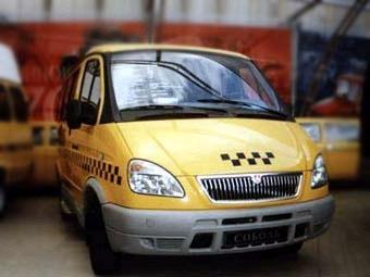 В Москве водитель маршрутки протащил по асфальту инспектора ДПС