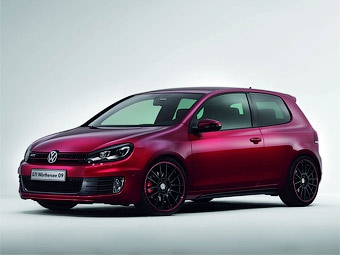 VW подготовил тюнинговые версии хэтчбеков Golf GTI и Polo