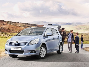 Преемник Toyota Corolla Verso будет стоить в России 760 тысяч рублей